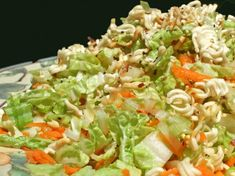 More Crunch For Your Munch Chinese Salad Recipe - Genius Kitchen Ramen Salad, Soup And Salad, Chinese Salad, How To Cook Liver, Vegetable Recipes, Vegetable Salads, Vegetarian Recipes, Salad Ingredients, Great Recipes