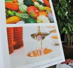 3D spot uv makes paper come to life  #innovariant #press #paper #honey #life #colors