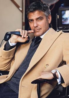 George Clooney is dapper George Clooney, Sharp Dressed Man, Well Dressed Men, Male Clothes, Gorgeous Men, Beautiful People, He's Beautiful, Star Wars Outfit, Celebridades Fashion