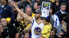 Los Golden State Warriors acaban de ganar su tercer título en cinco años pero esa épica deportiva está quedando en segundo plano, pues están usando la victoria para dar un golpe político.
