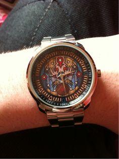 majora's mask watch. via : http://majorasmask.tumblr.com/