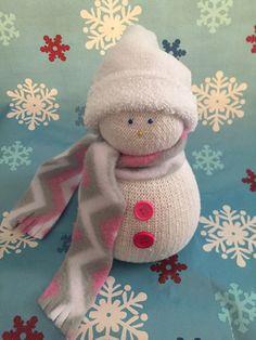 Cute sock snowmen by BellaDesigns66 on Etsy https://www.etsy.com/listing/256107610/cute-sock-snowmen