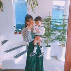 Cute Asian Babies, Korean Babies, Cute Babies, Dad Baby, Mom And Baby, Baby Kids, Korean Couple, Korean Girl, Couple With Baby