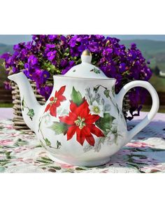 A vintage teapot from Arthur Woods pottery. Poinsettia pattern in red and white. English Teapots, China Teapot, Royal Albert, Poinsettia, Bone China, Tea Time, Tea Party, Woods, Red And White