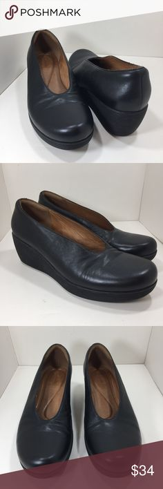 CLARKS ARTISAN Black Rounded Toe Slip On Wedge Clarks Artisan Wedge Heel Slip-on Shoes Size 8 Pre-owned in excellent condition Clarks Shoes Heels