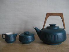 Tea Pot Set  (Gräflich Ortenburgsche Steingutmanufaktur, Tambach)