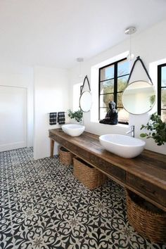 When and why is a designer sink worthwhile? - white sink on white wood - Modern Bathroom Paint, Modern Vintage Bathroom, Best Bathroom Colors, Bathroom Color Schemes, Bathroom Floor Tiles, Small Bathroom, Tile Floor, Basin Sink Bathroom, Sinks