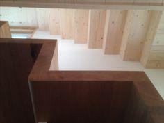 Treppenhaus mit verleimten Holzwinkel (eiche, fichte)