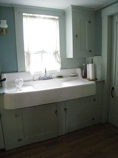 Ideal. Farmhouse sink with backsplash and surface mount faucet and double drain…