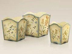 Tris cestini in legno dipinti a mano
