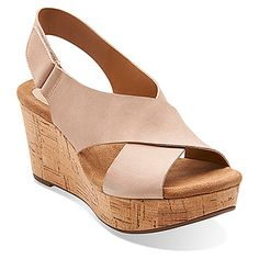 Clarks Womens Delsie Graceg Light Tan Nubuck - Sandals