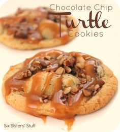Six Sister's Stuff Chocolate Chip Turtle Cookies. A delicious twist on the chocolate chip cookie! Just Desserts, Delicious Desserts, Dessert Recipes, Yummy Food, Dessert Healthy, Yummy Recipes, Recipies, Pudding Recipes, Turtle Cookies