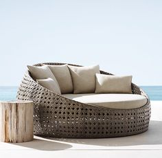 St. Martins Daybed per. textured linen weave- sand sunbrella canvas- natural early june