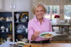 Mary Berry's home favourites: The easy recipes behind legend's new BBC show - Mirror Online