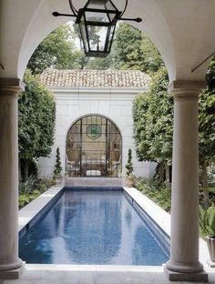 Yes, this is really a dream place. I don't ever expect to have such a beautiful pool and garden, but it's just gorgeous to look at it.