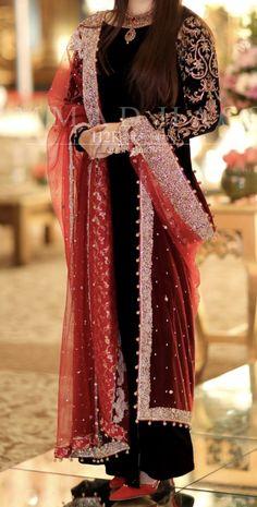 Stylish Dresses For Girls, Wedding Dresses For Girls, Party Wear Dresses, Simple Dresses, Heavy Dresses, Shadi Dresses, Pakistani Formal Dresses, Pakistani Dress Design, Pakistani Fashion Party Wear