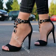 Shoespie Black Gemstones Sandals
