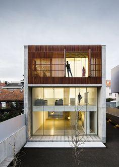 AZO sequeira arquitectos | 'House In Bonfim' | 2015 | Bonfim, Porto, Portugal | http://www.azoarq.com