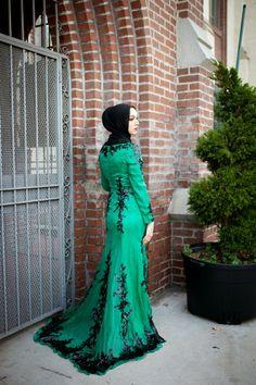 artizara emerald gown, hani hulu, hijabi fashion, makeup, hijab, modest, fatima s photography