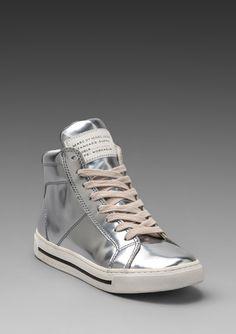 eff673e7da58  298 Marc By Marc Jacobs Mirror Reflective High Top Sneaker in Metallic  Silver - Lyst Retro