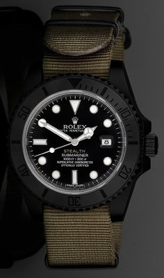 Not normally a huge Rolex fan but like this. Project X Designs Stealth Customized Rolex Submariner Watch Dream Watches, Luxury Watches, Cool Watches, Rolex Watches, Watches For Men, Ladies Watches, Stylish Watches, Rolex Submariner, Rolex Gmt