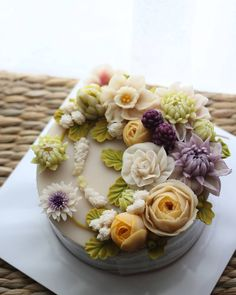 Succulent cake love ❤️ so much, perfect wedding cake