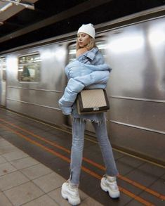 outfit date casual Mode Outfits, Casual Outfits, Fashion Outfits, Womens Fashion, Fashion Trends, Fashion Lookbook, Mode Chic, Mode Style, Looks Style