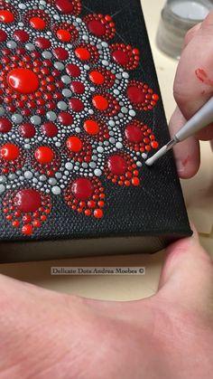 Mandala Art Lesson, Mandala Drawing, Mandala Painting, Mandala Canvas, Mandala Dots, Mandala Design, Rock Painting Patterns, Dot Art Painting, Mandala Painted Rocks