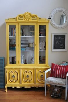 dining room Amazing China Cabinet Makeover Ideas - Page 13 of 42 The more you study and learn ab Yellow Painted Furniture, Paint Furniture, Furniture Projects, Furniture Makeover, Green Furniture, Western Furniture, Mirrored Furniture, Furniture Dolly, Furniture Removal