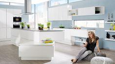 die 8 besten bilder von puristische k chen kunststoff moderne k che und die k che. Black Bedroom Furniture Sets. Home Design Ideas