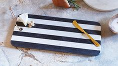 Marble Cheese Board Black & White Set of 2