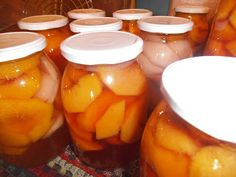 Ελληνων μαγειρεματα......: ΚΟΜΠΟΣΤΑ ΑΧΛΑΔΙ - ΡΟΔΑΚΙΝΟ Canning Recipes, Pickles, Cucumber, Food To Make, Carrots, Food And Drink, Sweets, Homemade, Fruit
