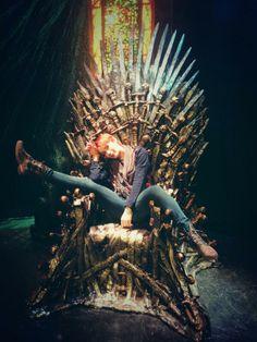 Just Felicia Day chillin' on the Iron Throne. @Felicia Day Felicia Day, Amy Acker, Eliza Dushku, Alyson Hannigan, Emma Stone, Jennifer Lawrence, Wonder Woman Cosplay, Iron Throne, Supernatural Cast