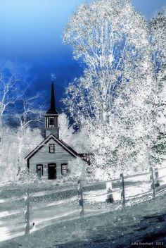 Church in the Village by Julie Everhart on 500px - Belmont - Vermont USA