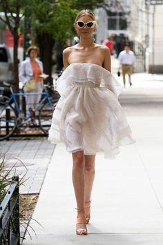 Lela Rose, Spring 2017 - Wedding-Worthy Runway Dresses from New York Fashion Week - Photos