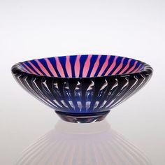 An Edvin Öhrström 'Ariel' glass bowl, Orrefors 1952.