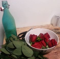 How To Make Rose Water At Home, Plus 5 Awesome Skincare Uses For The Yummy-Smelling Stuff | Bustle