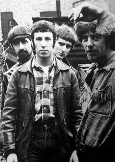 Roots of Fleetwood Mac. Peter Green was chosen by John Mayall as Eric Clapton's replacement in John Mayall's Bluesbreakers, joining John McVie and Hughie Flint Dr. Martens, Peter Green Fleetwood Mac, John Mcvie, Radium Girls, Stephen Lang, Jazz, Johnny Rotten, Here's Johnny, John Mayall