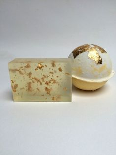 Gold leaf soap and bath bomb gift set, hand made natural bath products by soapina on Etsy https://www.etsy.com/listing/232877977/gold-leaf-soap-and-bath-bomb-gift-set