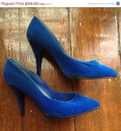 HOLIDAY SALE SALE Five dollar Shipping  1980s by presleypigs, $22.10 ~ LOVE the colour.   MY COLOUR!