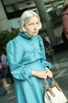 Fanime 2012: Howl's Moving Castle cosplay at any age!!