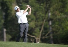 Fred Couples of the US hits from the fairway on the fifteenth hole during the second round of the 2014 Masters Tournament at the Augusta National Golf Club in Augusta, Georgia, USA, 11 April 2014.