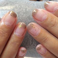 hokuri (tiny gold star and black dots) | @andwhatelse
