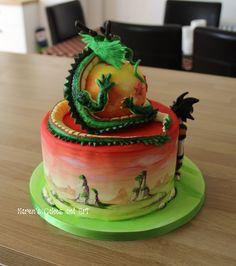 Dragon Ball Z painted cake. Goku and Shenron https://www.facebook.com/karenscakesandart