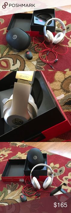 Dre studio beats corded in box gold/champagne Like new with box, case all paperwork etc.The Beats by Dr. Dre Studio Headband Headphones have an adaptive noise cancelling feature that can be used to drown out external sound while listening to music. You can also enjoy a quiet time by increasing the level of noise cancellation function. Assuring exceptional sound quality, this pair of Dr. Dre headphones !20-hour rechargeable battery lets you enjoy your music for hours at a stretch. Fitted with…