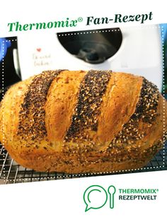 World champion bread - World champion bread from Sille A Thermomix ® recipe from the Bread & Buns category www. Bread Bun, Easy Bread, Egg Recipes For Breakfast, Breakfast Potatoes, Pampered Chef, Rolls, Food And Drink, Champion, Homemade