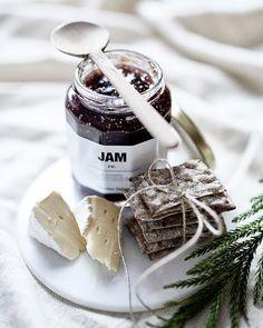 Food styling and photo by Riikka Kantinkoski