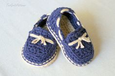 Crochet Pattern Baby boy Lil' loafers super by TwoGirlsPatterns