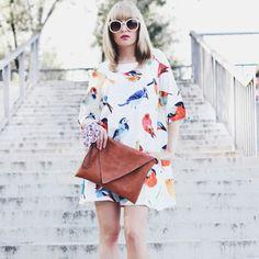 White Half Sleeve Birds Print Loose Dress-SheIn