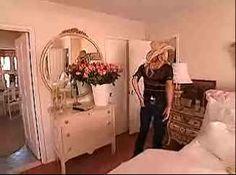 Pamela's bedroom-vanity